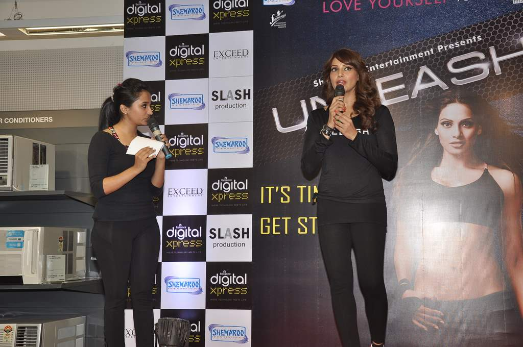 Bipasha Basu unleash event (3)