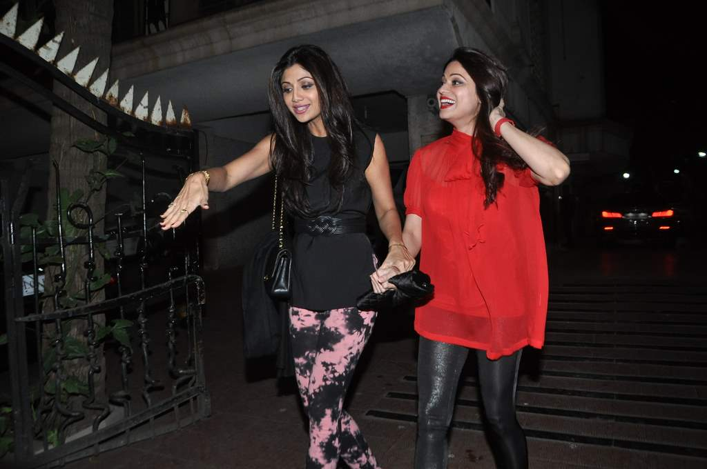 Bipasha birthday bash (3)