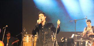 Farhan Akhtar kicks off Alegria – The Festival of Joy with live performance