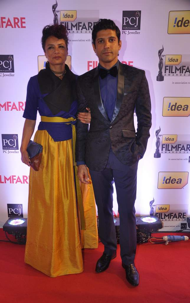 Farhan Akhtar & Adhuna walked the Red Carpet at the 59th Idea Filmfare Awards 2013 at Yash Raj