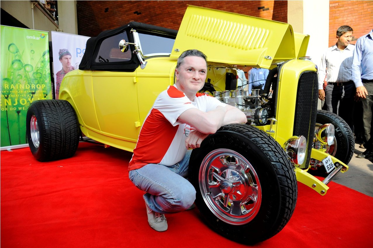 Gautam Singhania, Founder & Chairman, Super Car Club and Chairman & Managing Director, Raymond Limited with The American Hot Rod for Parx Super Car Show 2014 powered by Omkar (2)