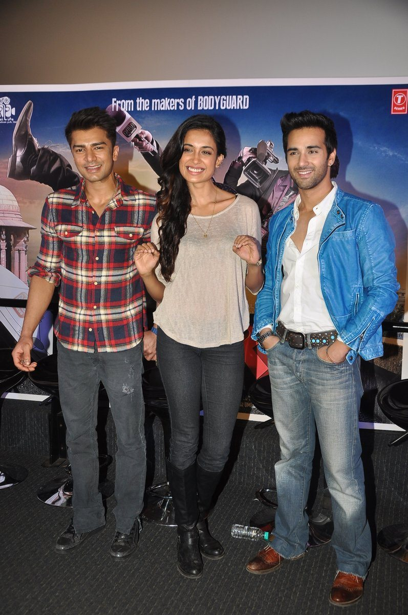 O Teri trailer launch event (5)