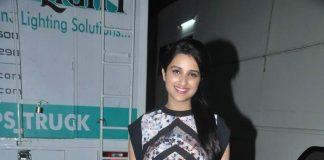 Parineeti Chopra, Sidharth Malhotra snapped at Mehboob Studios – Photos