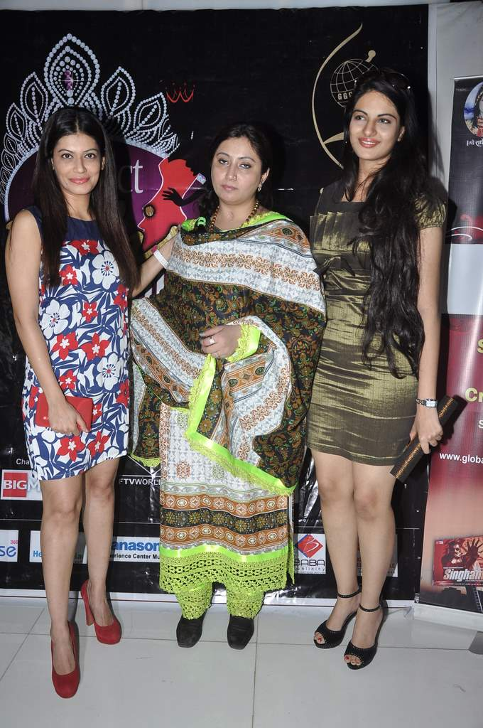 Payal at Perfect Miss MUMbai event (1)
