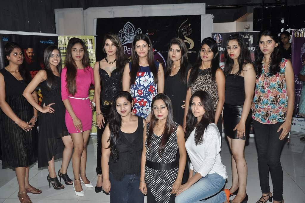 Payal at Perfect Miss MUMbai event (2)