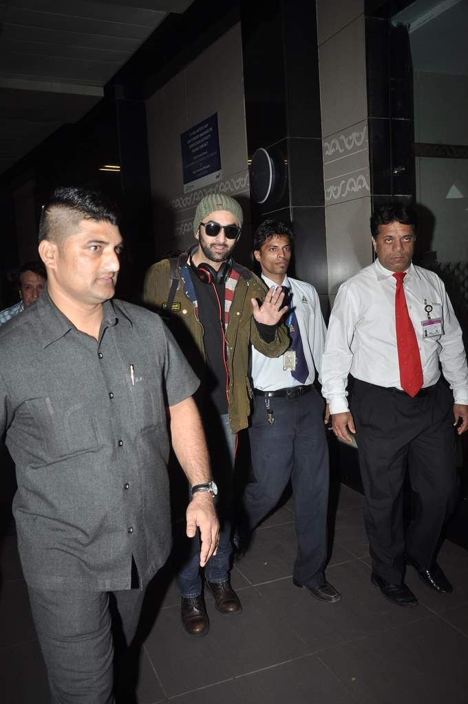 Ranbir returns to Mumbai 1