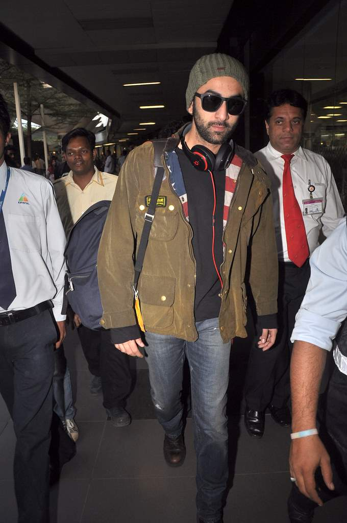 Ranbir returns to Mumbai 2