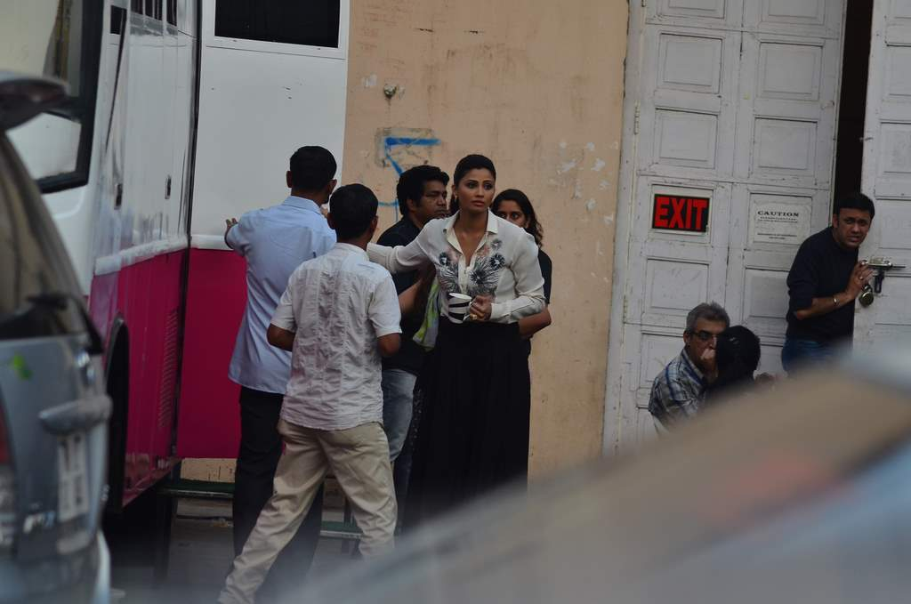SAlman and daisy at jai ho sets (5)