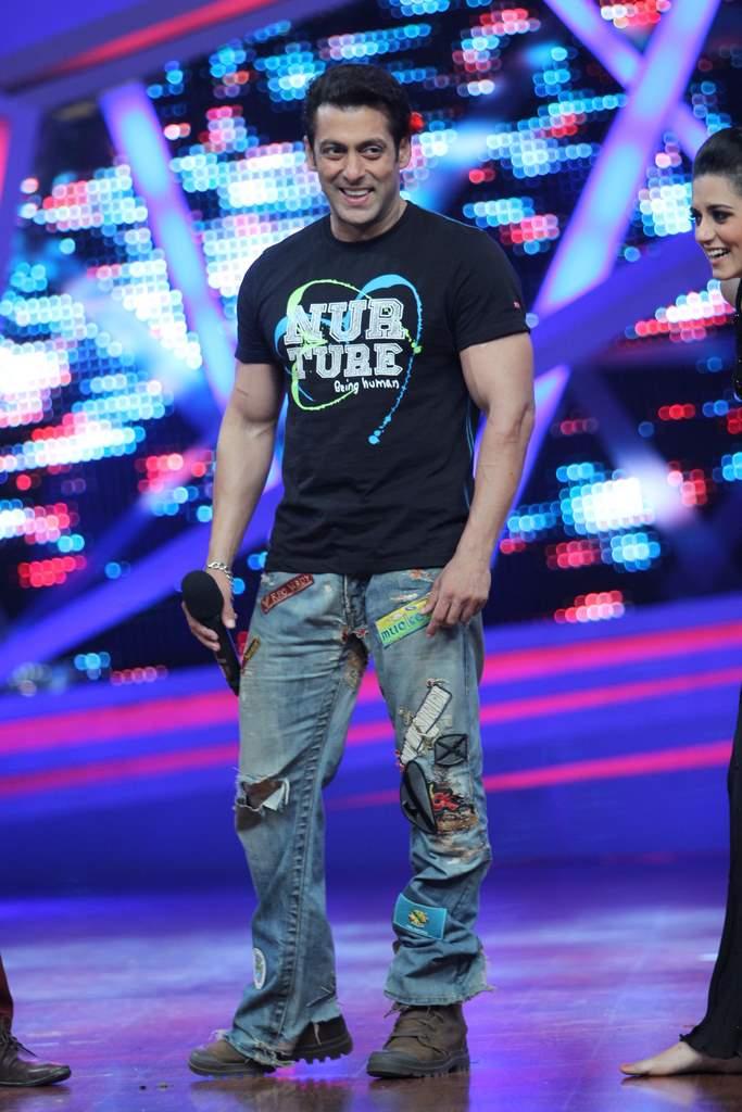 Salman Khan nach baliye 6 (3)