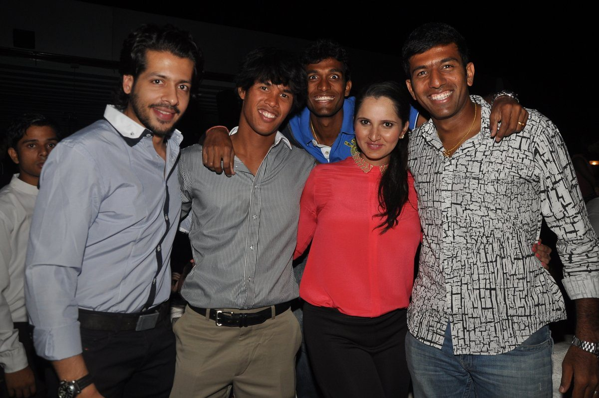 Sania Mirza New YEar bash (1)