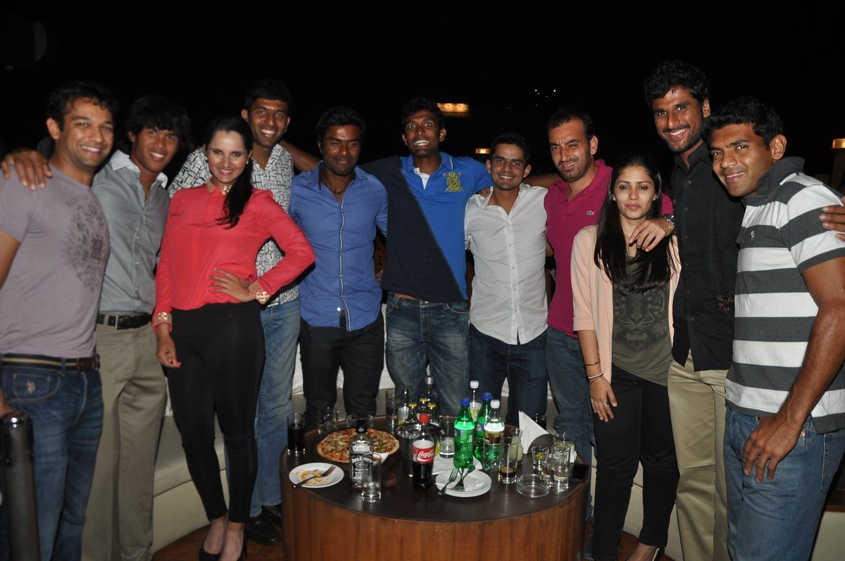Sania Mirza New YEar bash (3)
