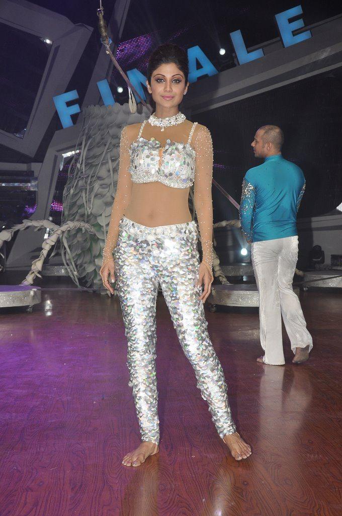 Shilpa shetty nach baliye finale (1)