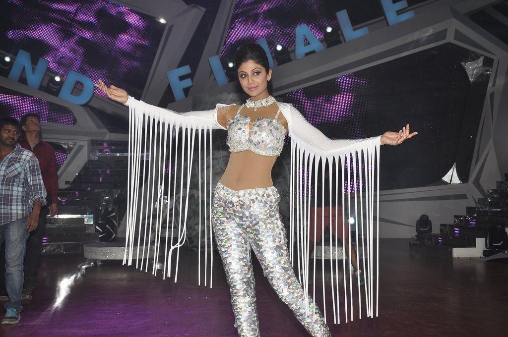 Shilpa shetty nach baliye finale (2)