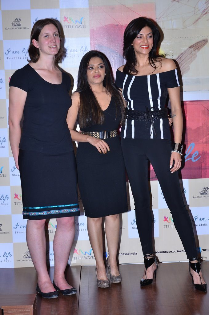 Sushmita sen book launch (2)