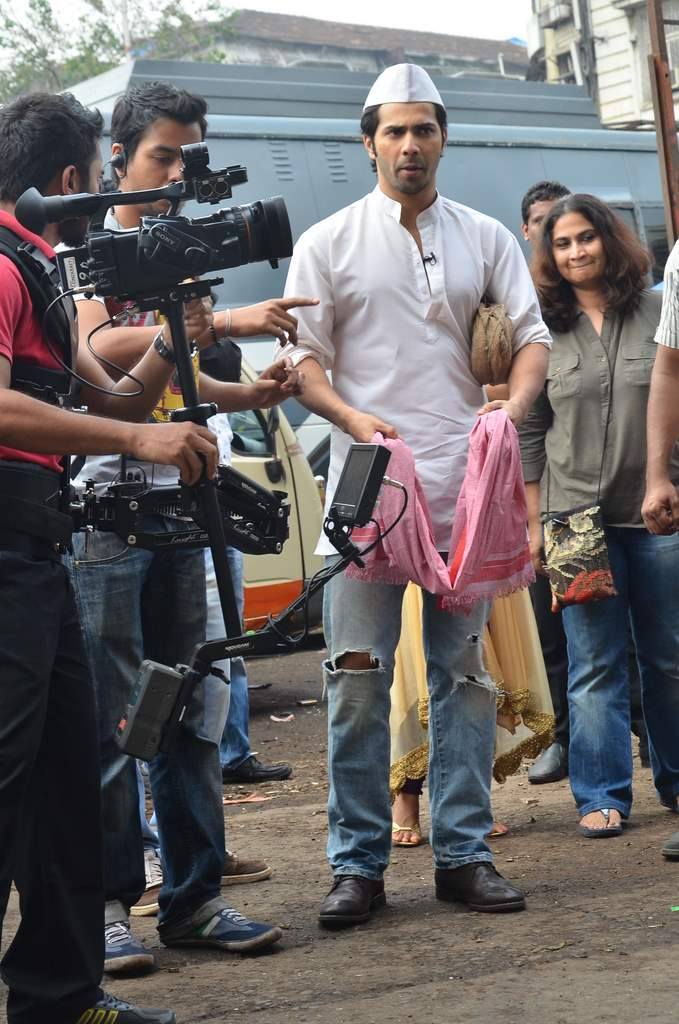 Varun dhawan shooting (1)