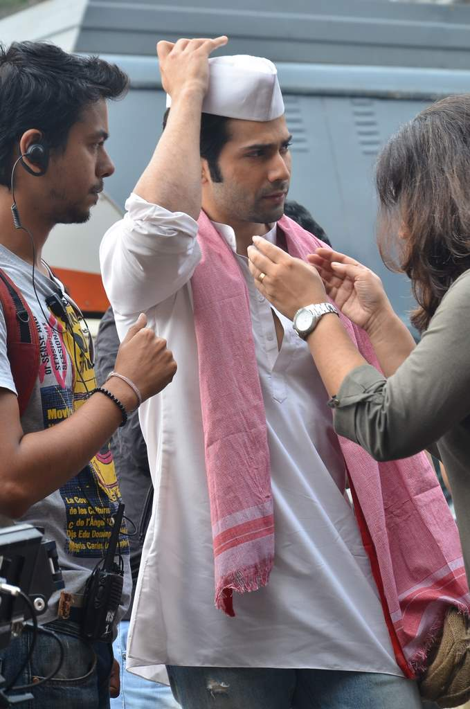 Varun dhawan shooting (5)