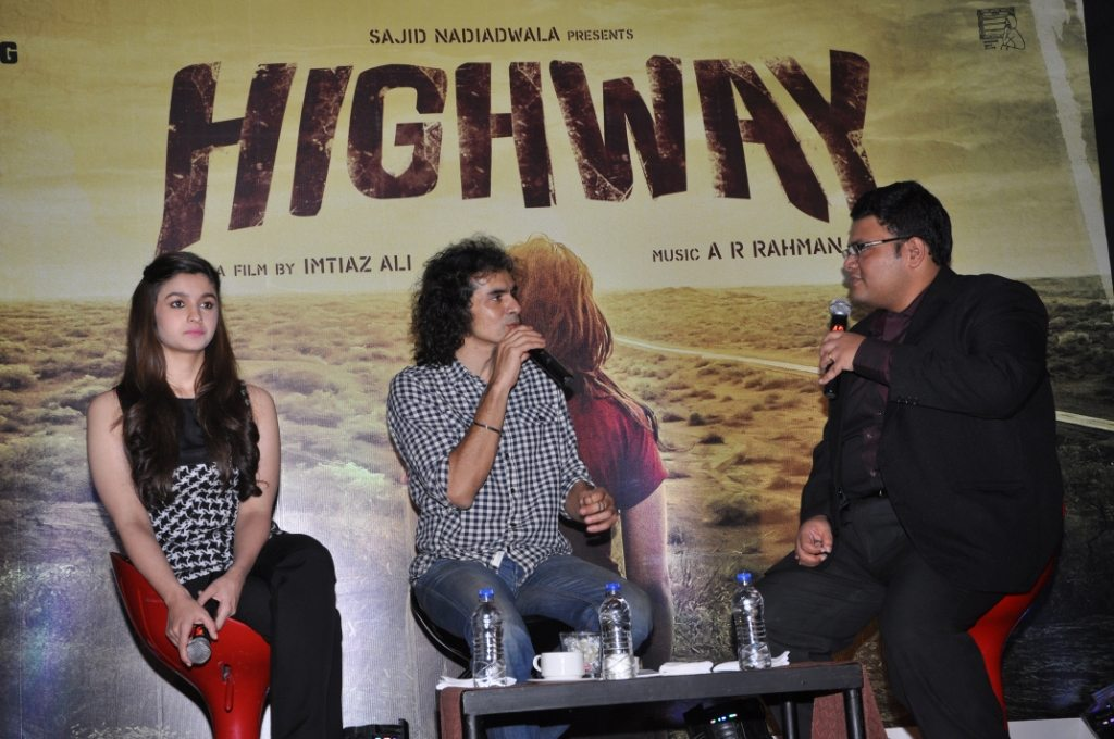 Alia With Imtiaz Ali for the Launch of Highway