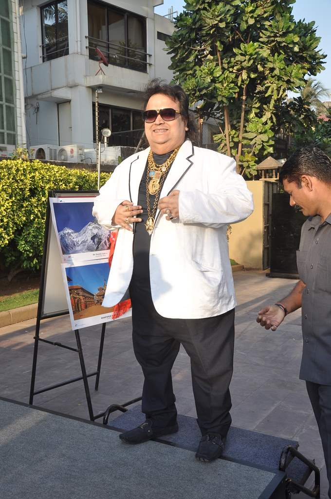 Bappi Lahiri felicitated (1)