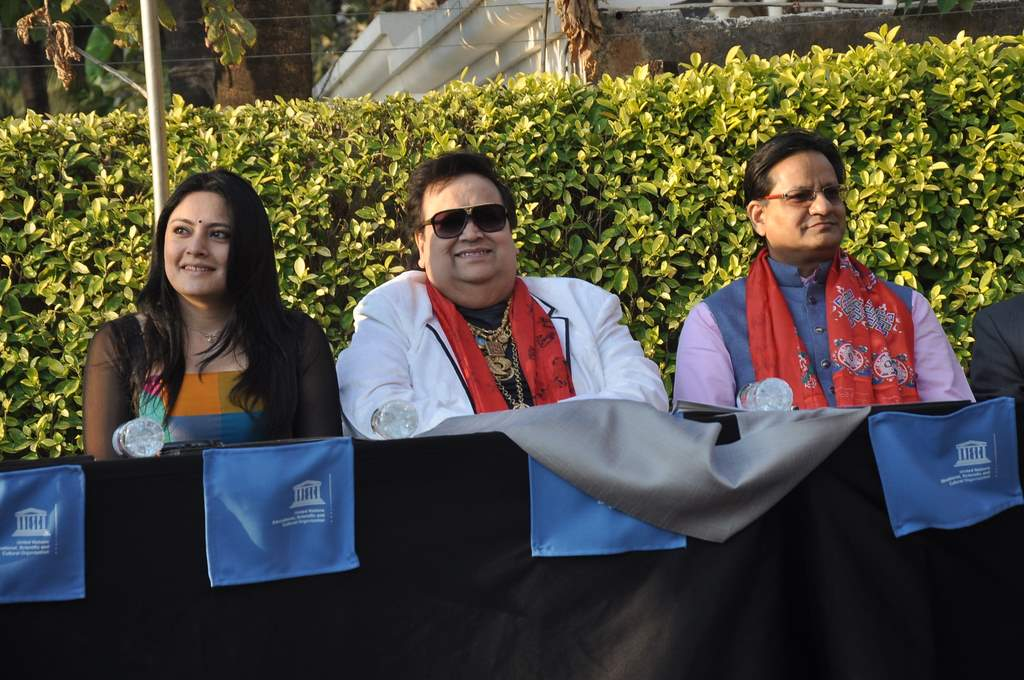 Bappi Lahiri felicitated (2)