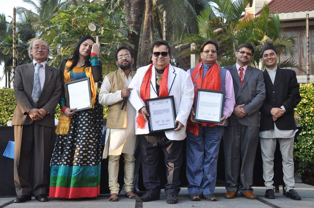 Bappi Lahiri felicitated (3)