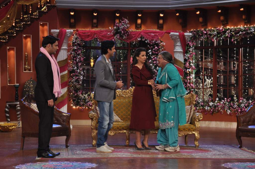 Farhan and Vidya at Comedy nights (1)