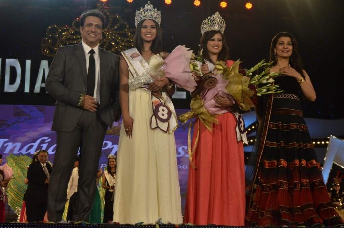 Govinda and Juhi at pageant (3)
