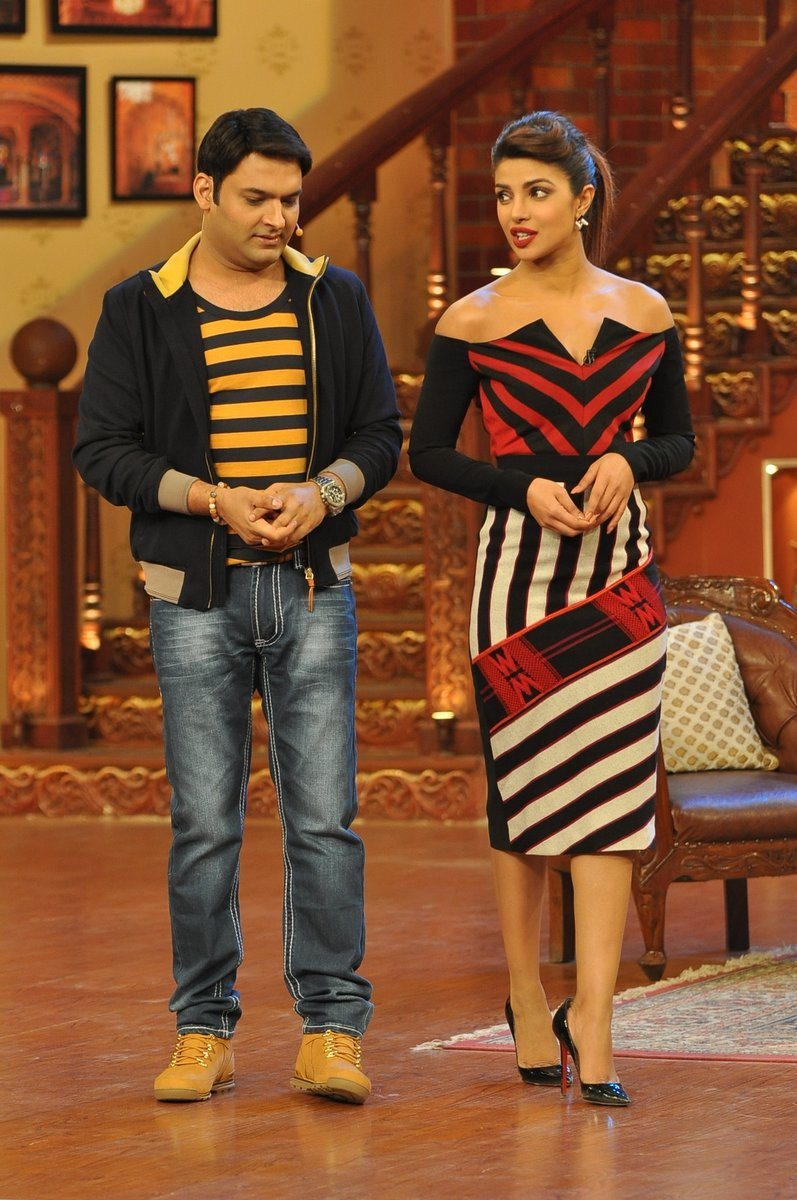 Gunday at comedy nights with kapil (3)