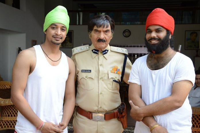 Happy and Peppy Singhs on location (5)