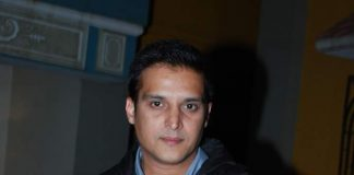 Jimmy Shergill promotes Darr At The Mall on TV show