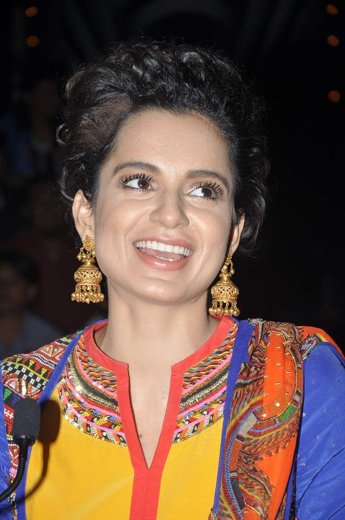 Kangana ranaut queen promotions o IGT (3)