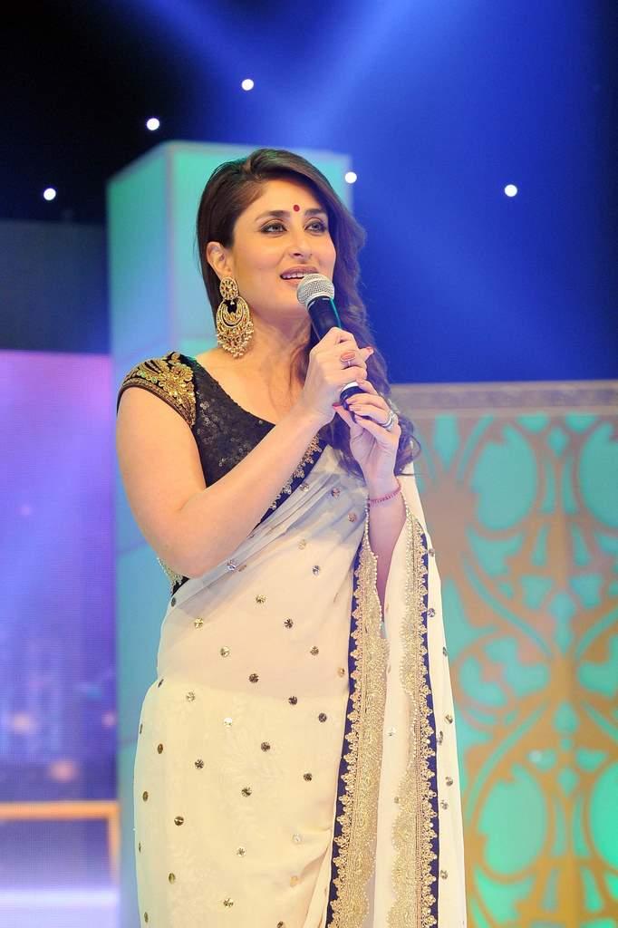 Kareena Kapoor asia vision awards (1)