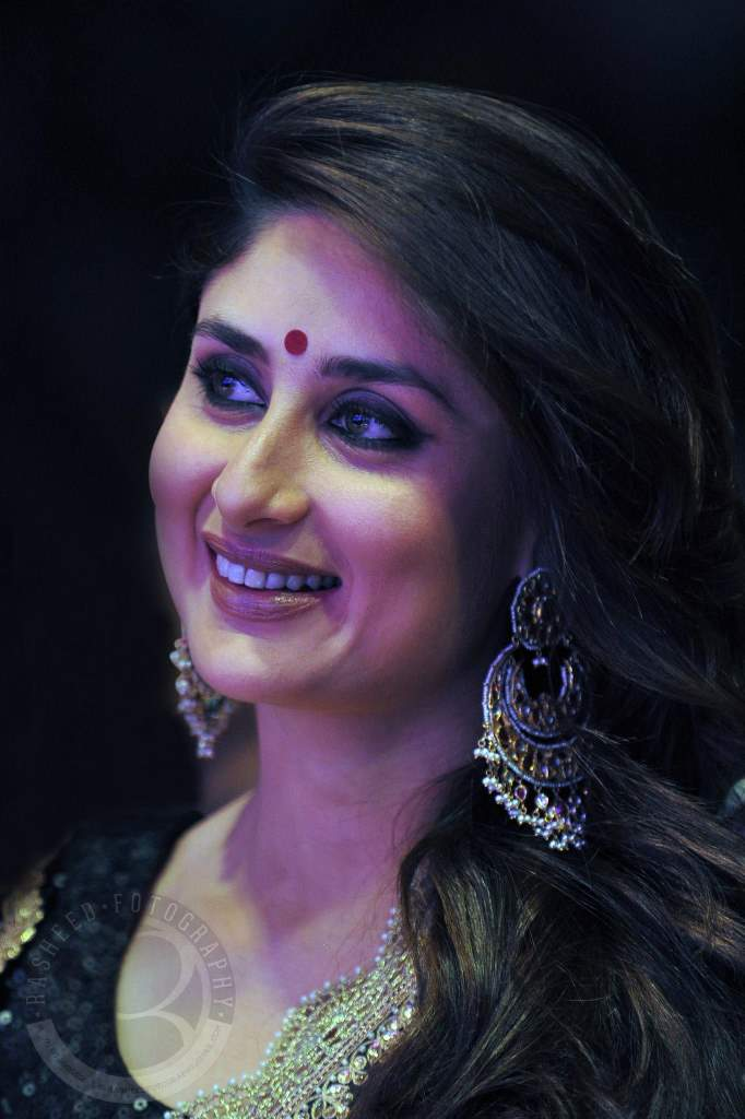 Kareena Kapoor asia vision awards (3)