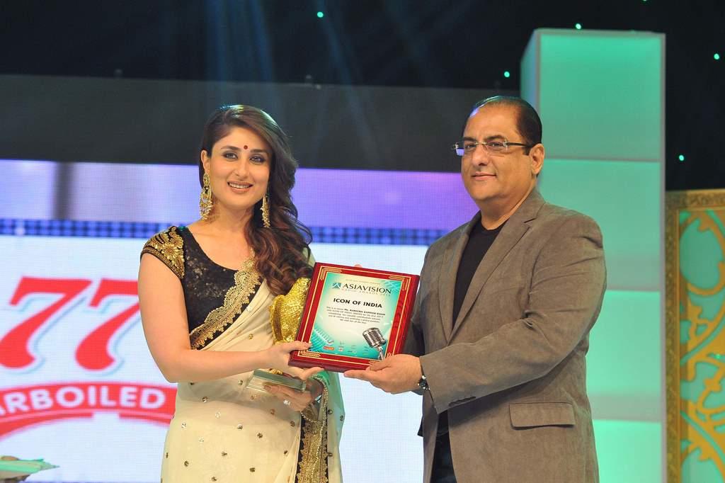 Kareena Kapoor asia vision awards (4)