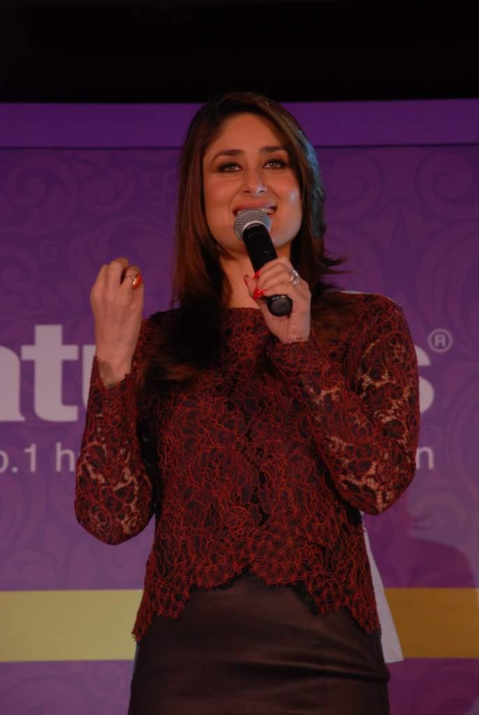 Kareena Kapoor natural salon event (6)