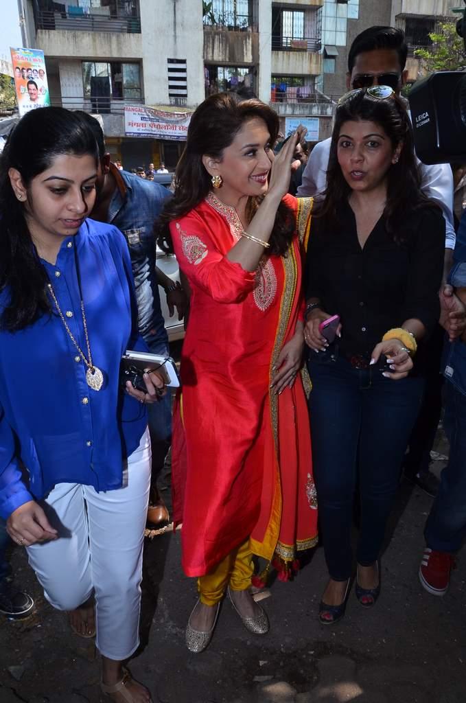 Madhuri Dixit gulaab gang promotions (4)