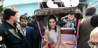 Nargis Fakhri meets fans at Veet Be The Diva event – Photos