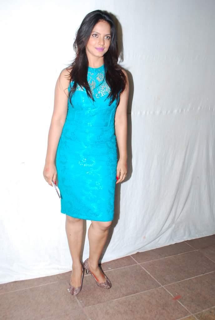 Neetu chandra society awards (5)