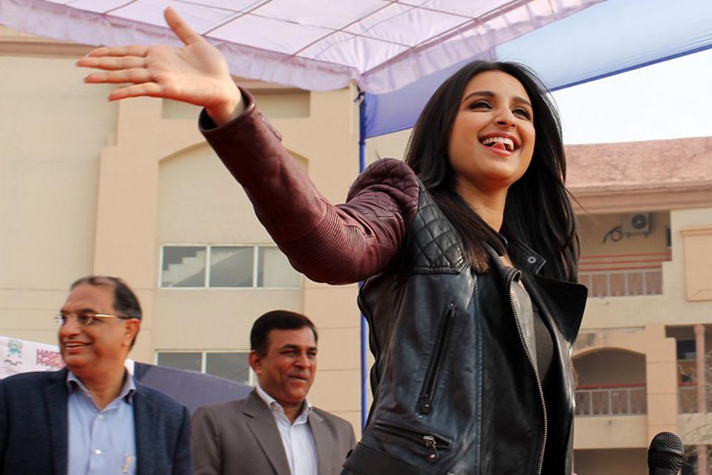 Parineeti hasee toh phasee promotions (3)
