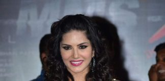 Sunny Leone promotes Ragini MMS 2 with bird cage performance