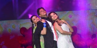 Shahrukh Khan, Madhuri Dixit perform at Temptation Reloaded in Malaysia