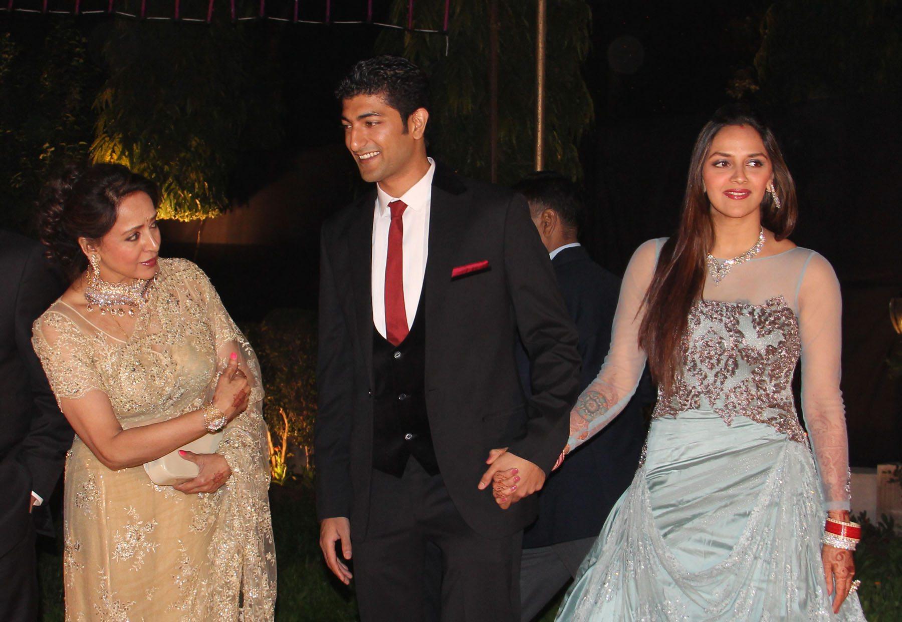 ahana deol delhi reception (2)