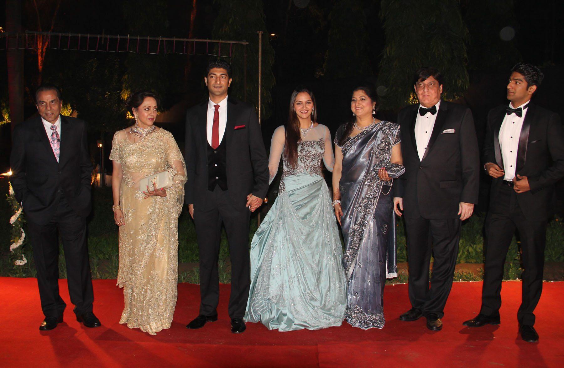 ahana deol delhi reception (3)