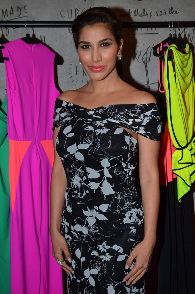 celebs at Harsh gupta store (4)