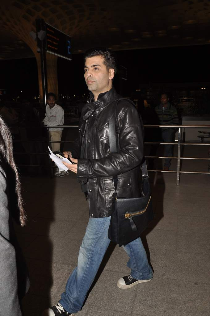 celebs at airport (5)