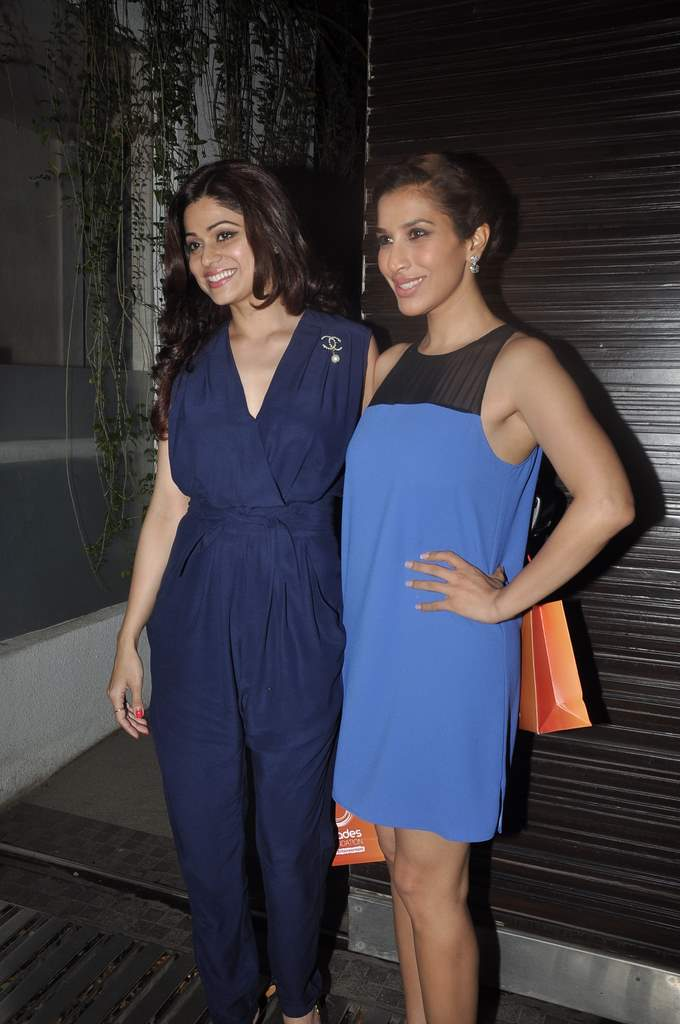 simone Khan birthday bash (2)