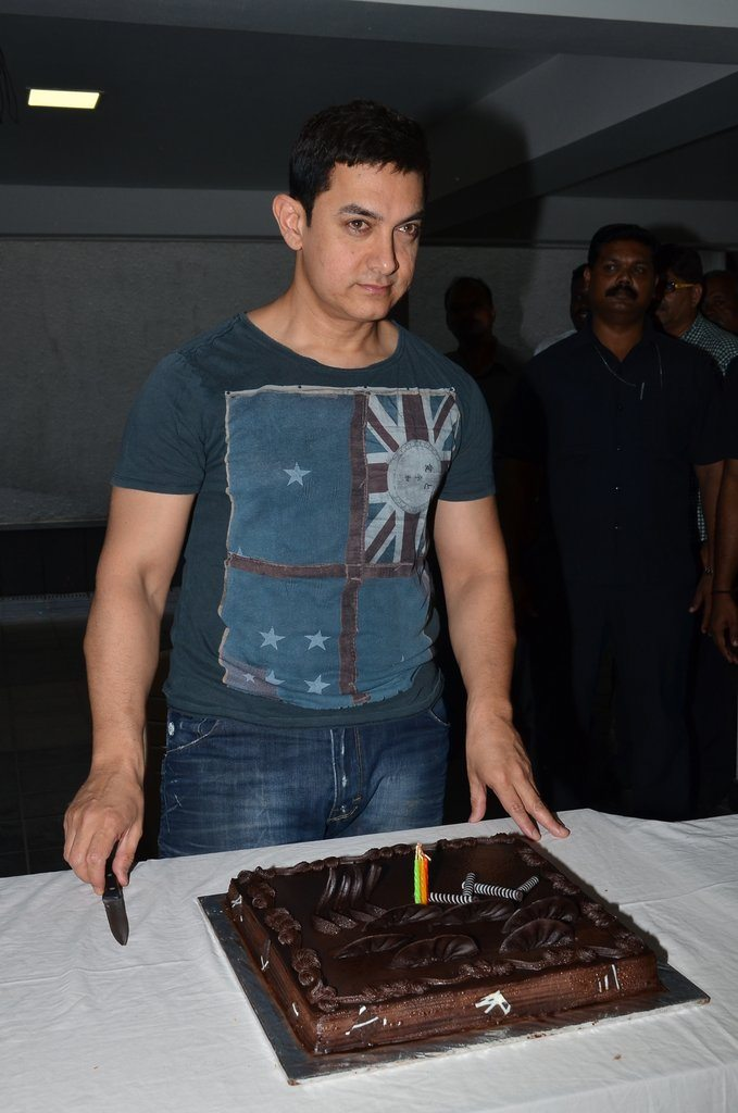 Aamir birthday (3)