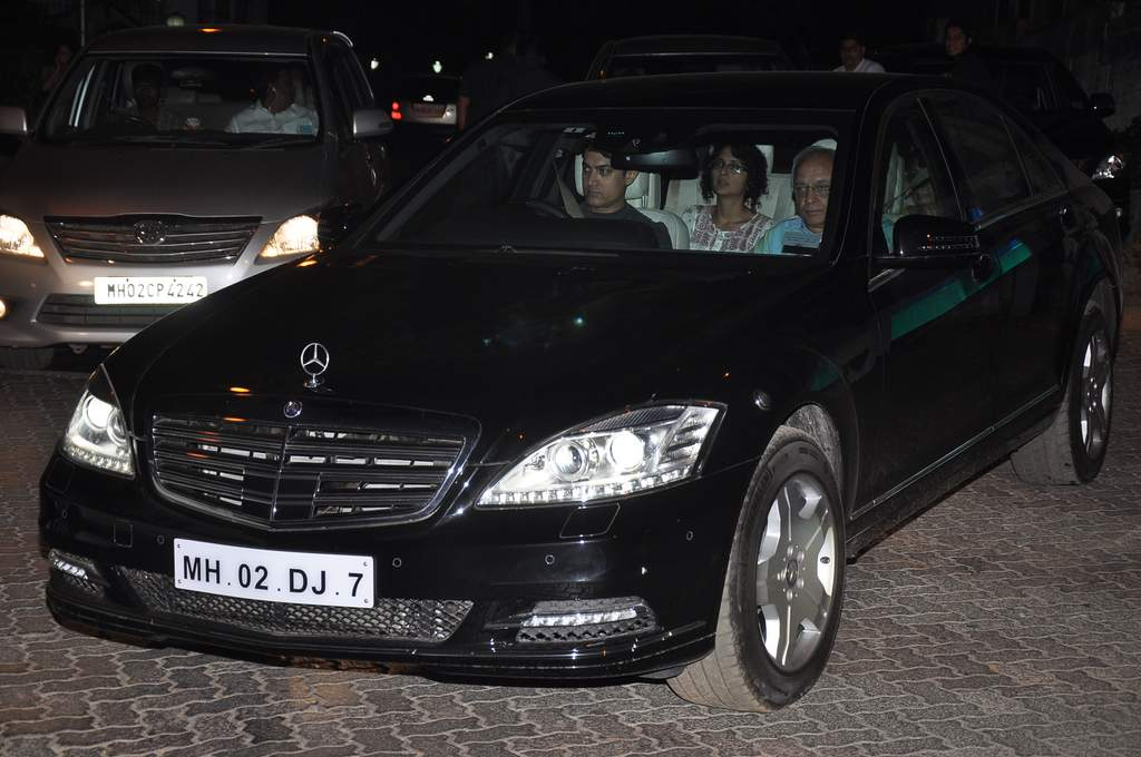 Aamir khan new car (1)