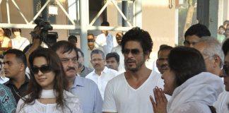 Shahrukh Khan, Deepika Padukone, Farah Khan attend Bobby Chawla's funeral