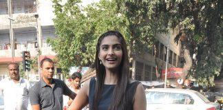 Ayushmann Khurrana, Sonam Kapoor promote Bewakoofiyaan