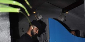 Shahid Kapoor, Abhay Deol snapped at restaurant – Photos